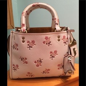 🎉HP🎉100%Authentic Coach 1941 Floral Bow Rogue 25